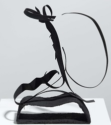 Abstraction. 1942. Iron band. 31.5 x 23 x 2 cm.